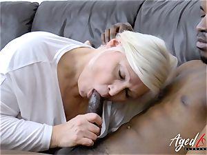 AgedLovE Mature Lacey Starr xxx oral pleasure