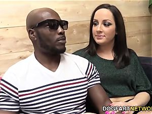 Marley Blaze Does Her very first multiracial anal invasion