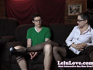 unexperienced woman professor seduces deepthroats and shag her student