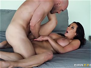 Kendra eagerness beaten after sizzling rubdown