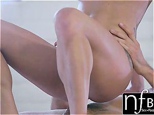 NF big-titted - Peta Jensen's quivering orgasm bang