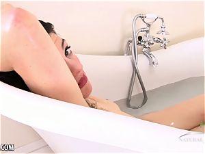 hairy Sadie takes a tub